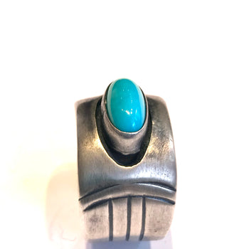 Navajo heavy gauge sterling silver ring