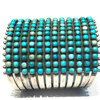 Exceptional cuff Navajo bracelet