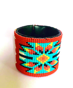 Beaded cuff wide red