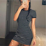 ZSIIBO Round Neck Kylie Jenner Striped Short-sleeved Dress Black And White Striped Dresses Casual Elegant Sheath Slim Dress