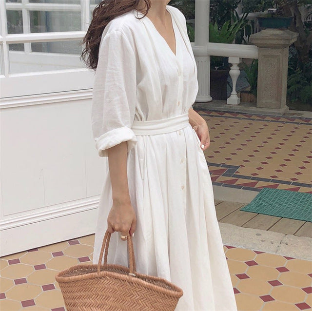 Colorfaith New 2019 Women Dresses Spring Summer Cotton Linen legant Ladies Pleated Long White Dresses V Neck Lace Up Bow DR1086