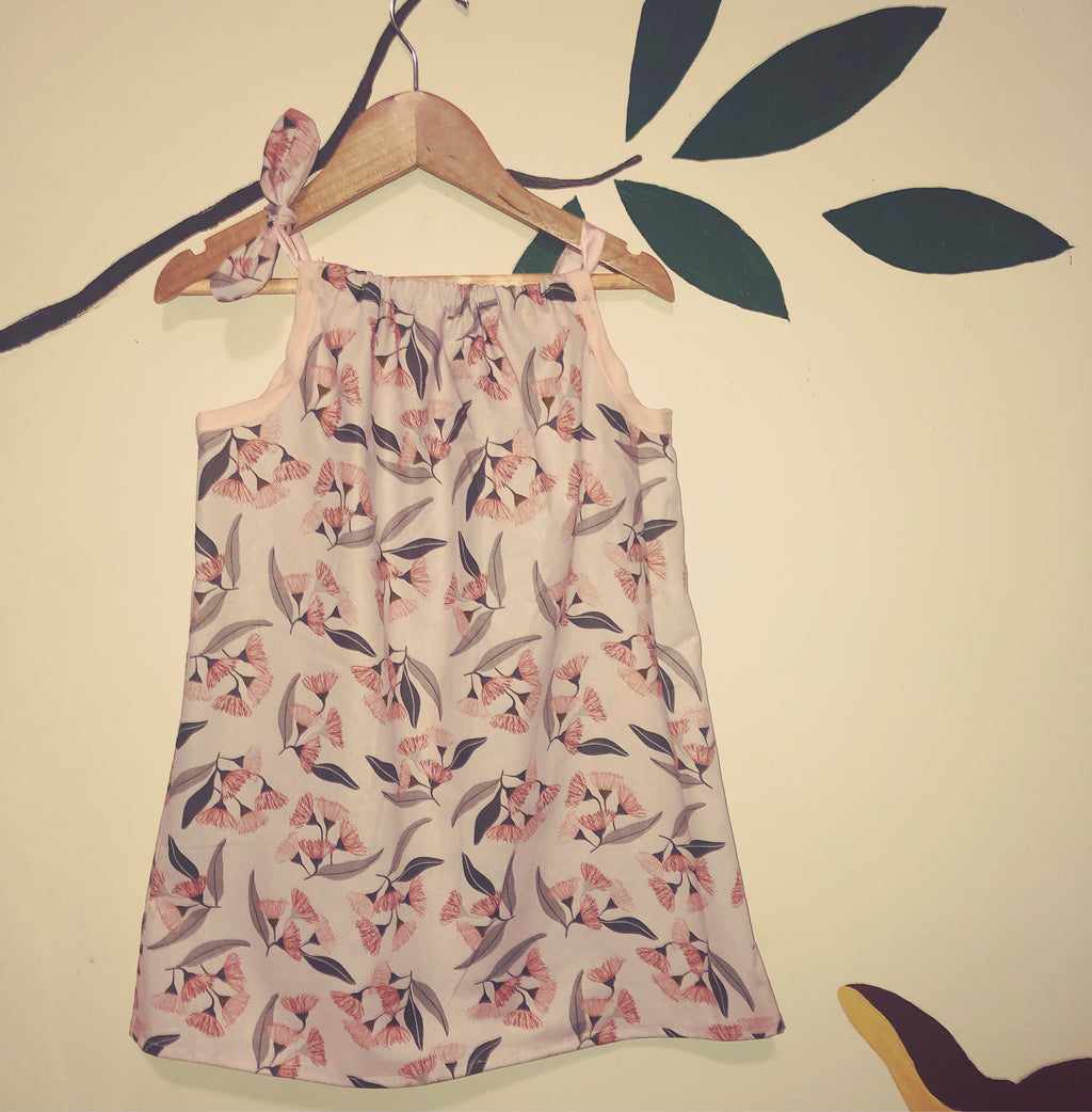 Gum blossoms summer dress
