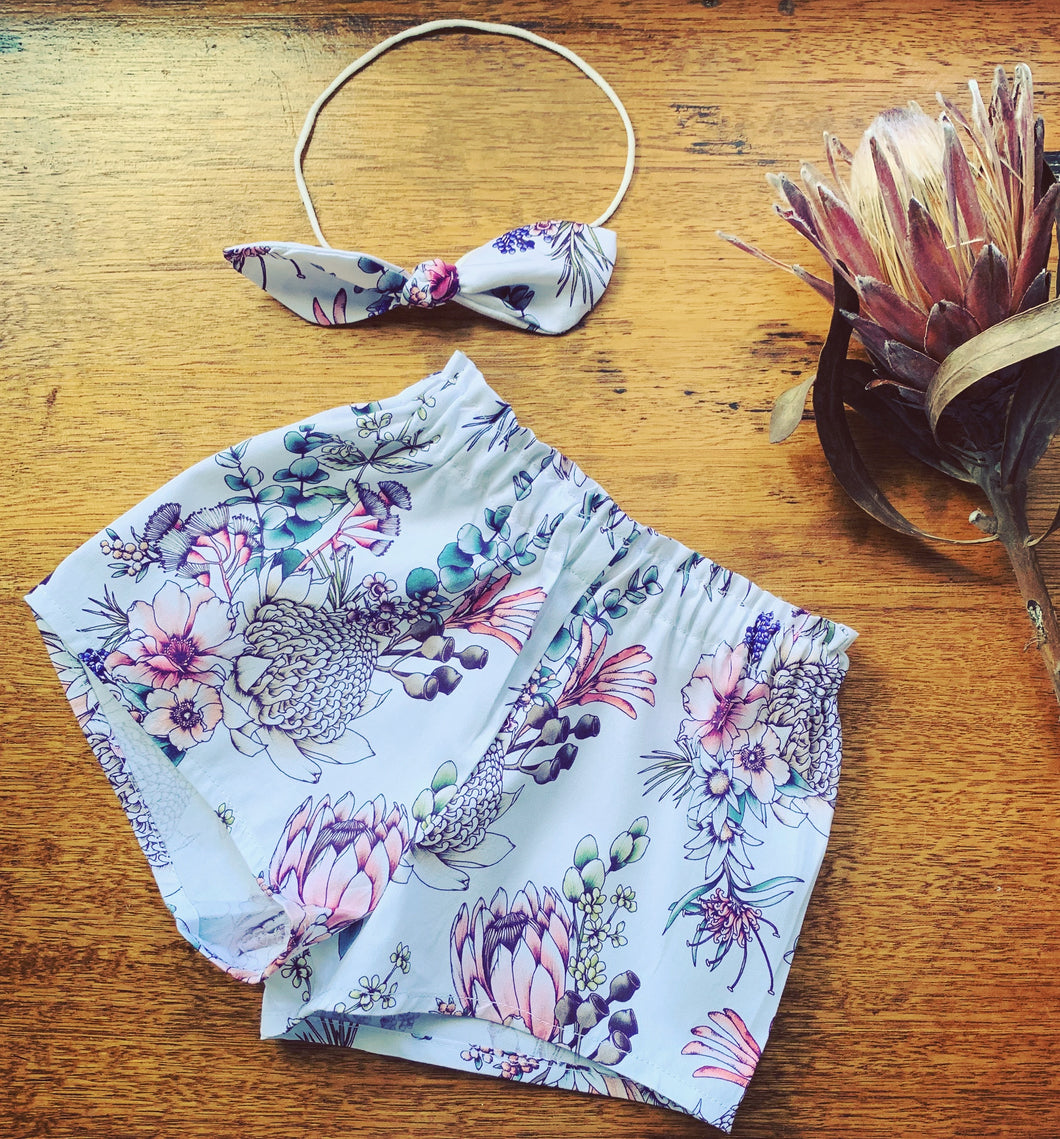 Gumnut shorts and headband set - Native Bouquet