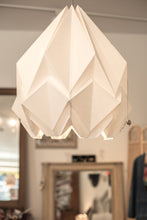Load image into Gallery viewer, Suspension Origami Couleur Uni en Papier - Taille XL