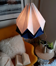Load image into Gallery viewer, Suspension Origami Bicolore en Papier - Taille L