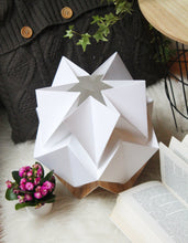 Load image into Gallery viewer, Lampe de Table Origami en EcoWood et Papier - taille S