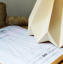 Load image into Gallery viewer, Suspension Origami en Papier - kit DIY