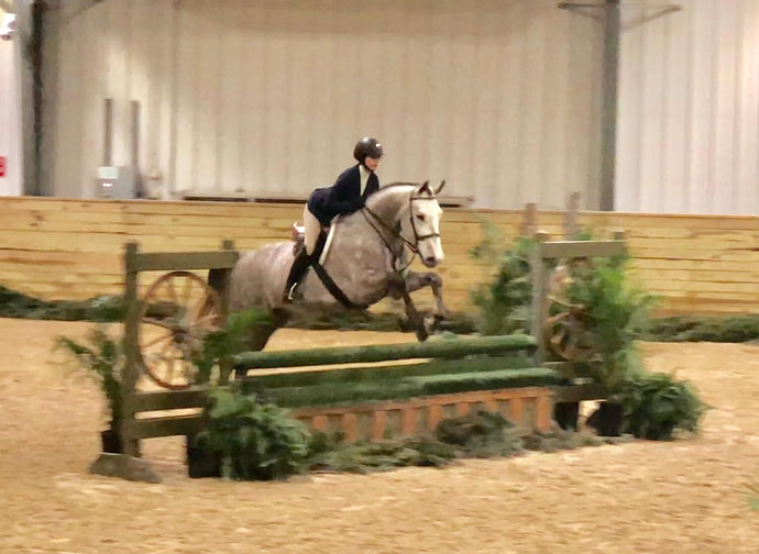 """I used the BETTER GRIP BAR™ at my horse show!"", says a Hunter/Jumper competitor."