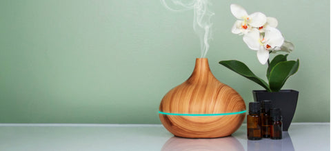 What Is Aromatherapy? The Best Way to Use Essential Oils