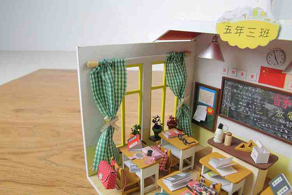 'Seasons in the Sun' M017 Intelligent Voice Control Wooden Miniature Dollhouse Furniture Kits w/ LEDs and Music Movement, Birthday Presents