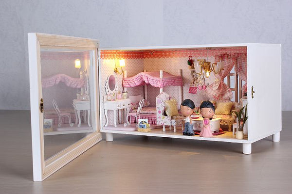 Intelligent Voice Control Assemble Wooden Kids Toy Miniature Dollhouse 'Pink Dream' w/ LEDs, Music, Dust Cover, Doll & Glue Birthday Present