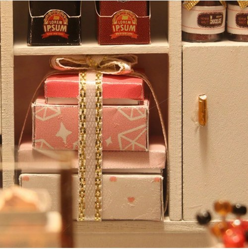 Hoomda DIY C007 'Cocoa's Fantastic Ideas' Assemble Dollhouse Furniture Kits Handmade Toy Gifts Presents for Boys and Girls