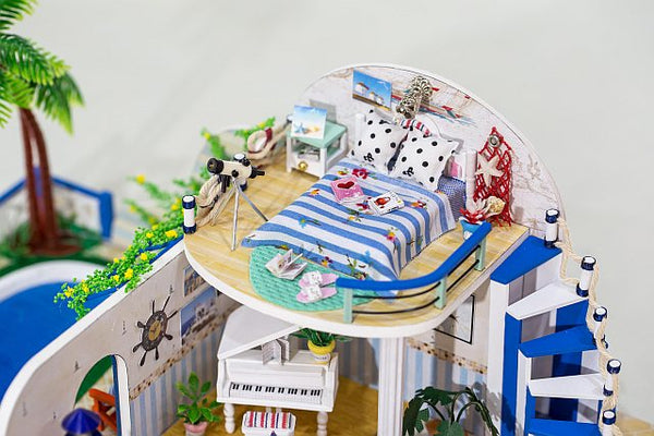 Wooden Crafts Furniture Kits 'Clear Summer Villas' Wooden Miniature Dollhouse w/ LED Lights Doll House Fun Crafts Handmade