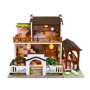 Hoomeda 'Moonlight over the Lotus Pond' (M912) w/Dust Cover, Glues and LEDs Miniature Doll House Furniture Kit Gift for Friend