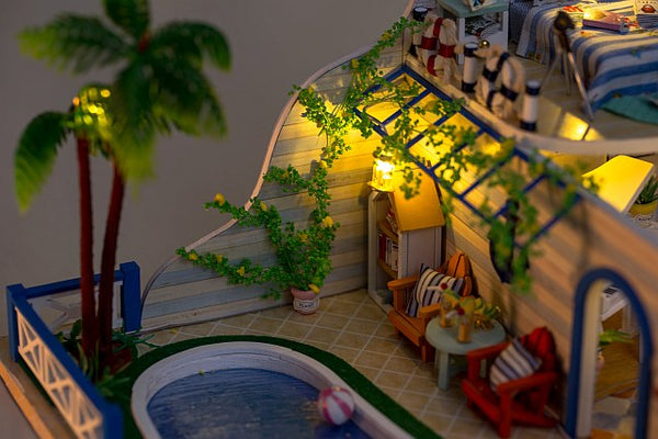 Wooden Crafts Furniture Kits 'Clear Summer Villas' Wooden Miniature Dollhouse w/ LEDs DIY Doll House Fun Crafts Handmade Doll House