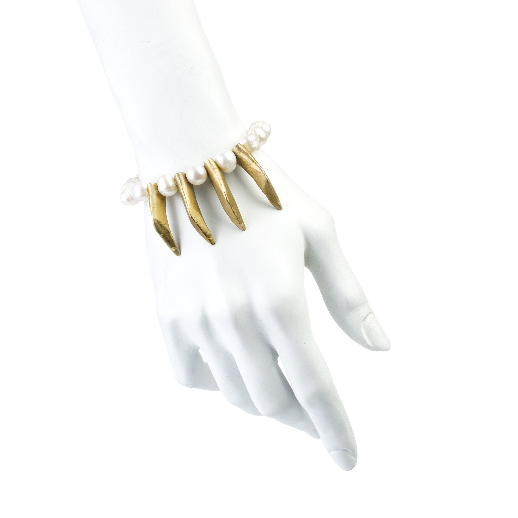 4 CLAWS AND PEARLS