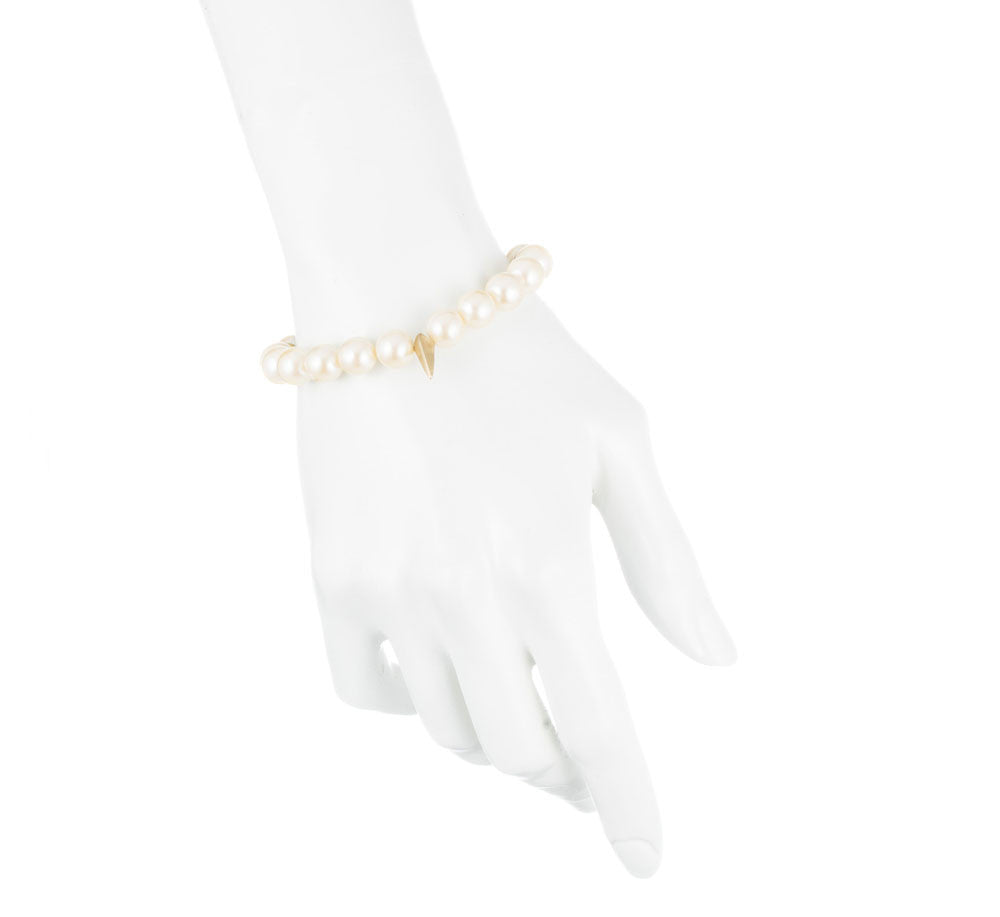 SMALL CLAW AND PEARLS