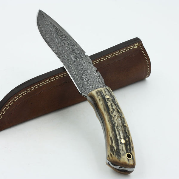 Custome hand Made Damascus knife Handle Stag Horn