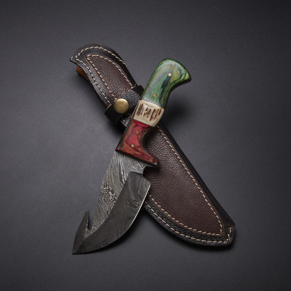 CUSTOM HANDMADE DAMASCUS GUTHOOK HUNTING KNIFE Materials Stag Horn, Pakka Wood, Damascus Steel