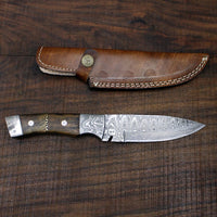 Damascus hand made knife
