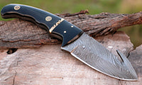 CUSTOM HANDMADE DAMASCUS STEEL HUNTING KNIFE HANDLE BUFFALO HORN