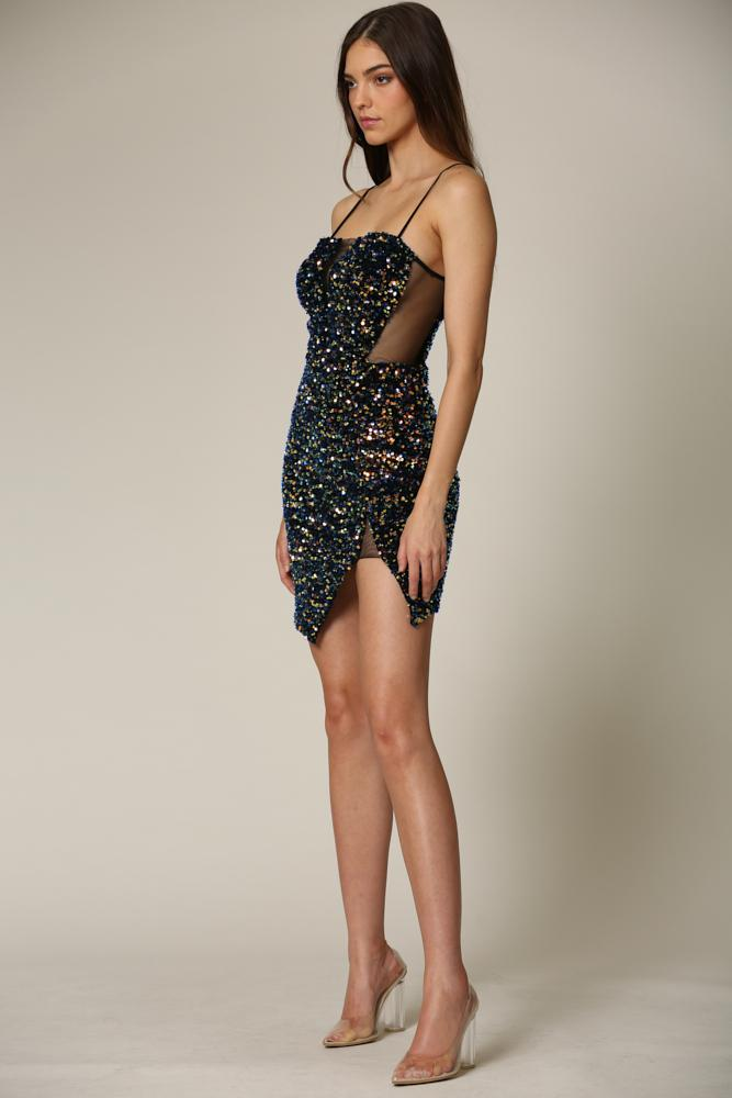 Nascha - A chunk sequin dress featuring a square neckline
