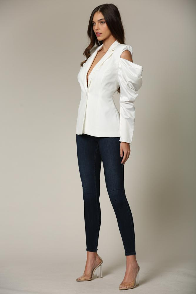 Niabi - A blazer featuring cutout-shoulder