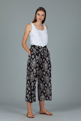 Stunning Cotton loose fit trousers