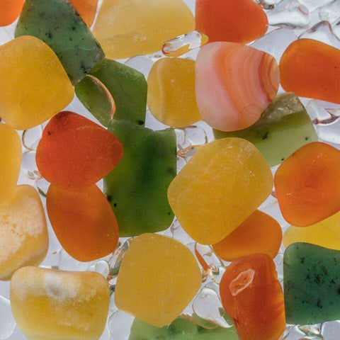 Via HAPPINESS Gem Water Bottle - CARNELIAN // ORANGE CALCITE // JADE (NEPHRITE) // CLEAR QUARTZ