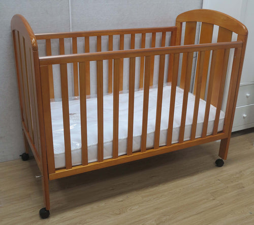 Babyworth  B2T Classic Cot Natural Timber Color With Mattress