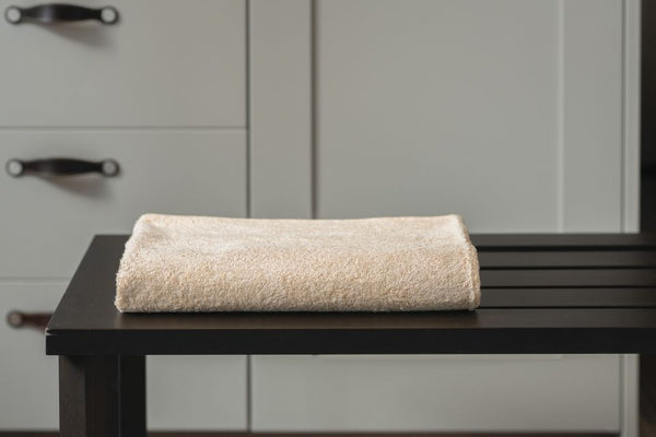 AYURVEDIC BATH TOWEL - RUST CREAM