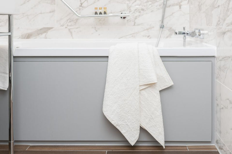 AYURVEDIC BATH TOWEL - SUN WHITE