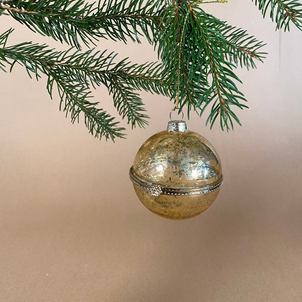 Golden Trinket Bauble