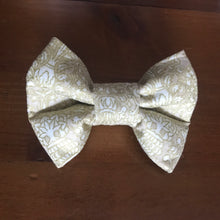"Load image into Gallery viewer, Bowties 4 Olivia - Pet Bowties ""Shaanti"" Collection 2019- Filigree"