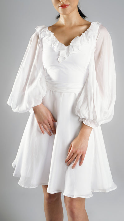 Elegant Resort Wear White Dress with Balloon Sleeves for Day Out or Traveling for Spring