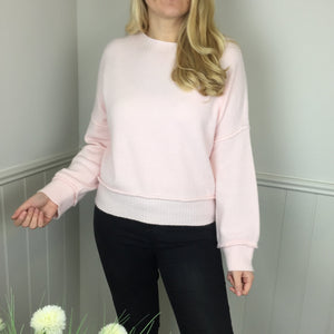 CASHMERE FEEL CROP SWEATER IN PALE PINK