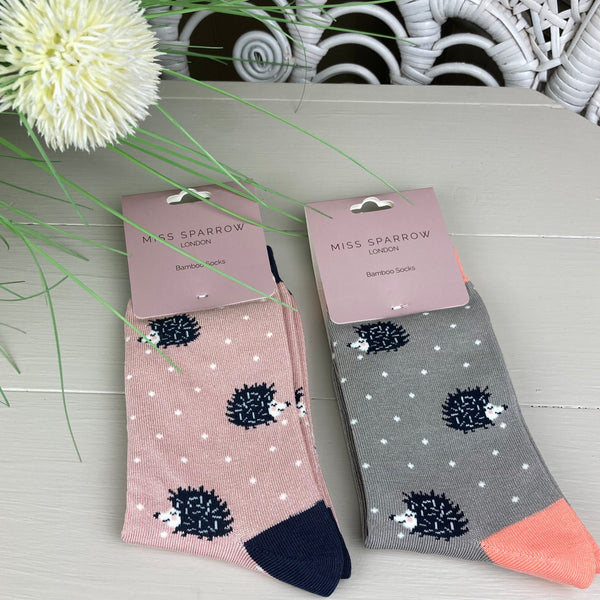 SPOTTY HEDGEHOG SOCKS IN PINK & GREY