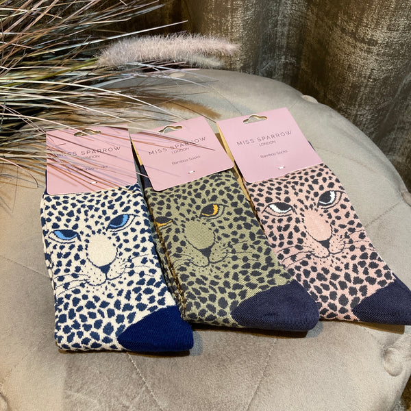 LEOPARD SOCKS IN CREAM, OLIVE & PINK