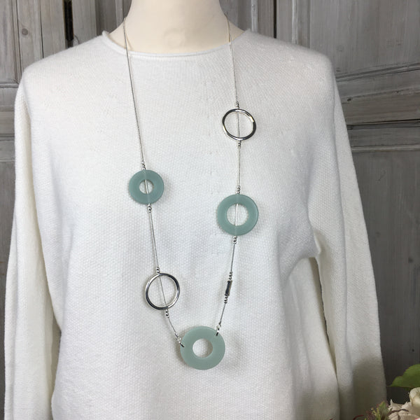 TURQUOISE & SILVER RESIN HOOP NECKLACE