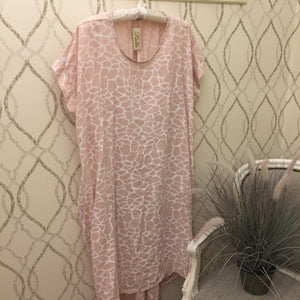 KNOT BACK COCOON DRESS IN PALE PINK