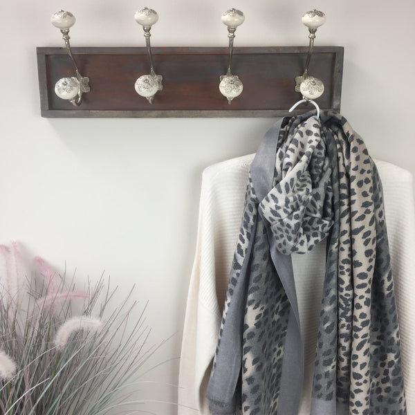 COTTON AND CASHMERE ANIMAL PRINT SCARF IN GREY