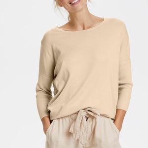 SAINT TROPEZ KNITTED PULLOVER IN CREME