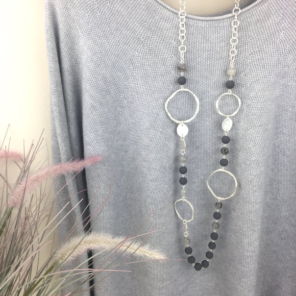 SILVER HOOP AND BEAD NECKLACE