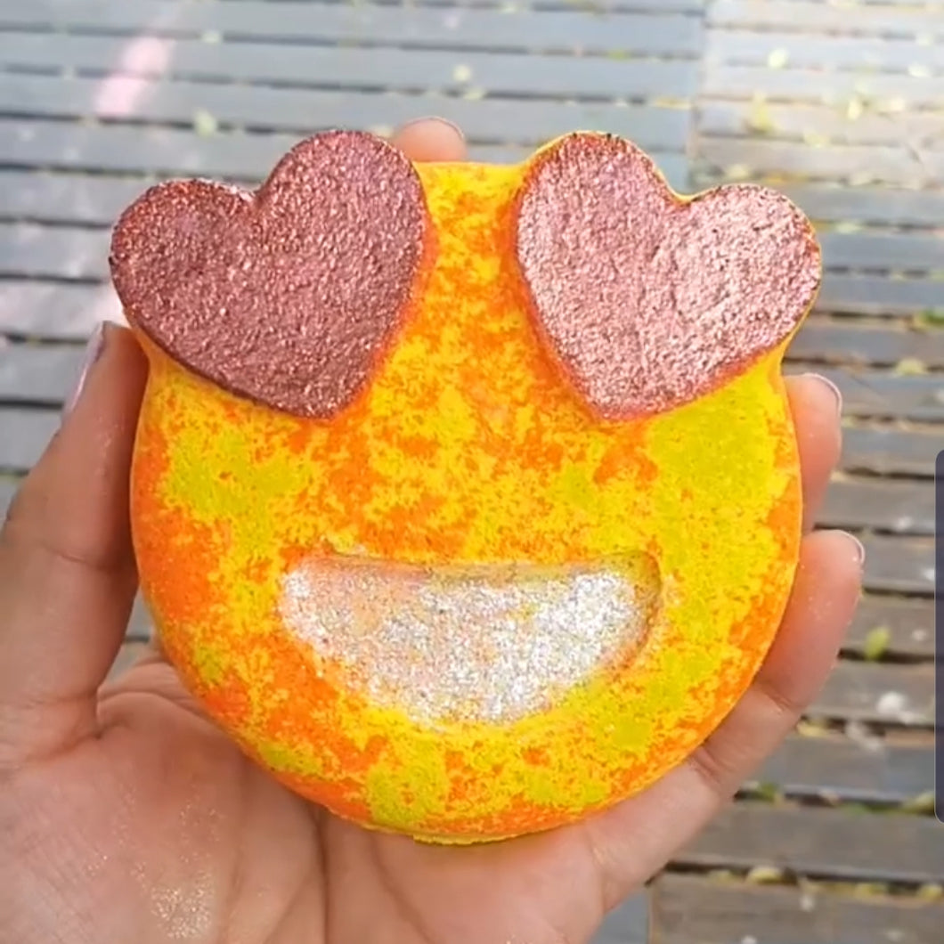 Emoji Face- Bath Bomb 185g (Limited Edition)