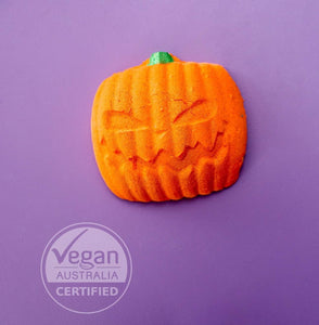Halloween Pumpkin with Surprise Toy- Bath Bomb 185g  (Limited Edition)