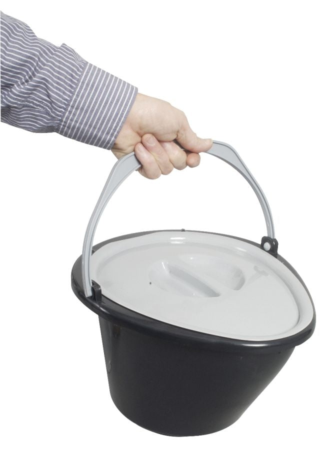 Easy To Use Waste Bucket