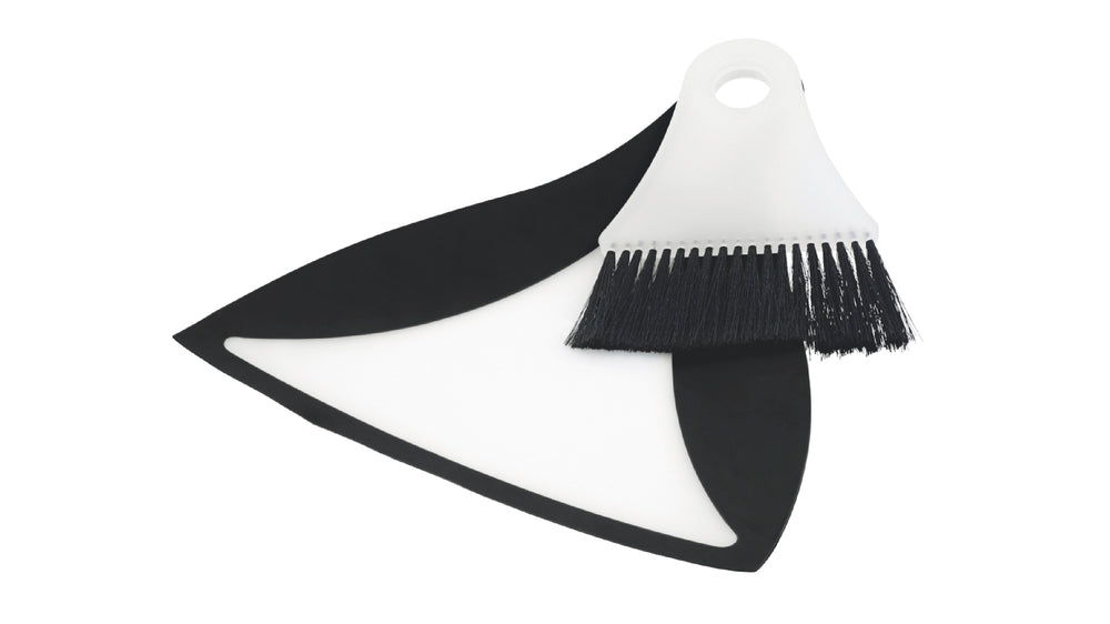 Outwell Broom and Dustpan Set Black