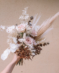 Buds on buderim weddings, sunshine coast wedding florist, weddings sunshine coast, sunshine coast wedding florist, cheap weddings, budget wedding florist, dried wedding flowers, bridal bouquet, groom, bridesmaids, weddings