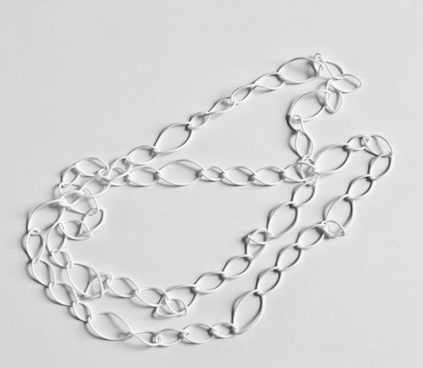 Twisted Oval Link Necklace
