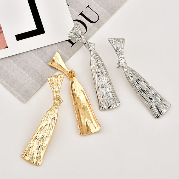 Fashion personality metal bow women's earrings